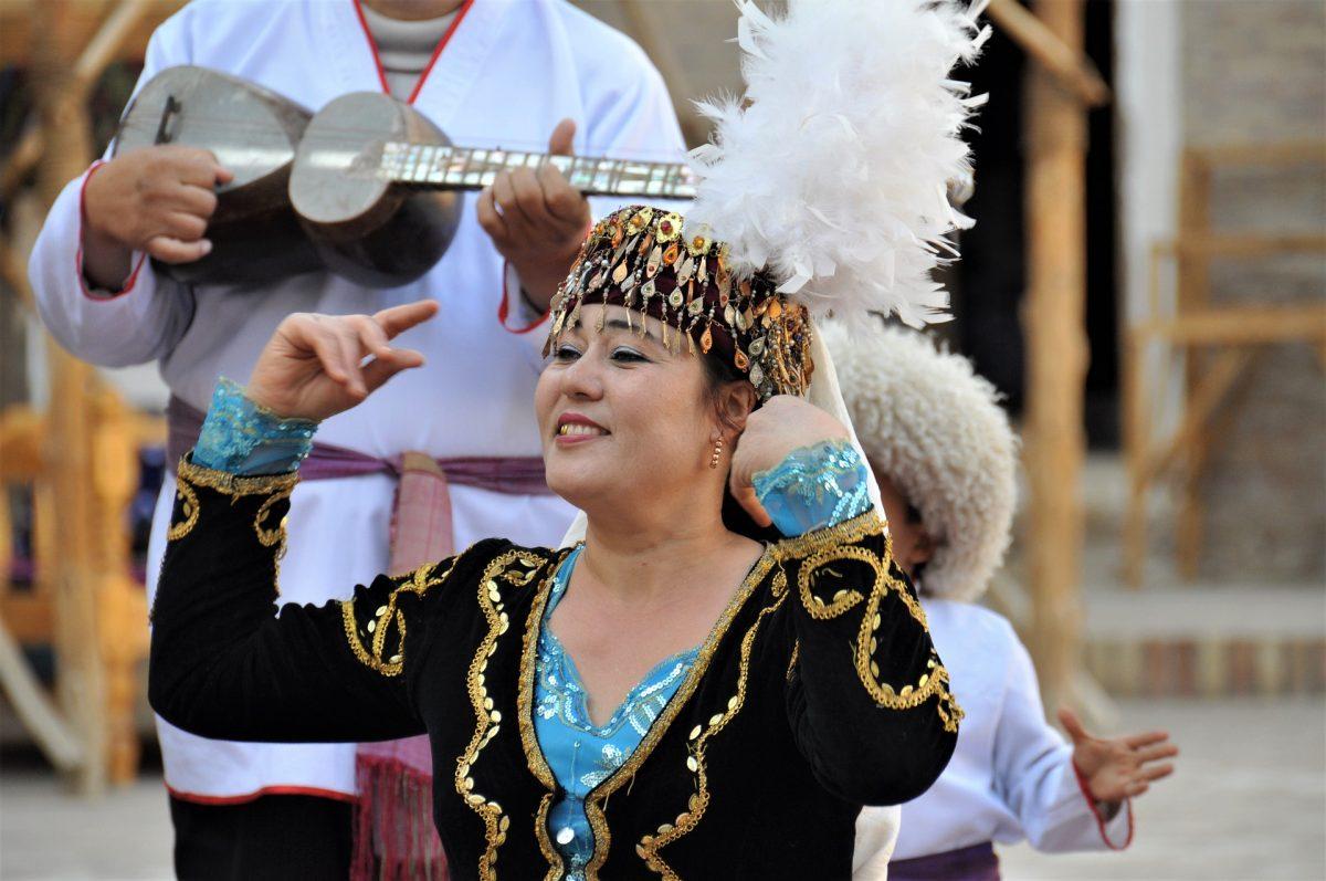 Uzbekistán (27)